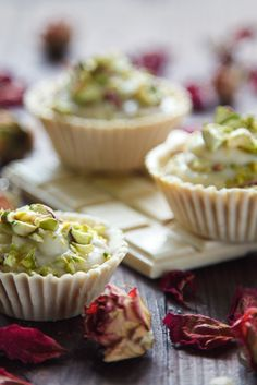 White-chocolate-tartlets-witn-rose-cream-and-pistachio