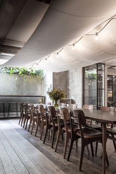 © Chris Tonnesen  http://www.plataformaarquitectura.cl/cl/792004/restaurante-vakst-genbyg?ad_medium=widget&ad_name=navigation-prev