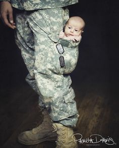 Military dad!thank u for sacrificing your life for freedom of family!