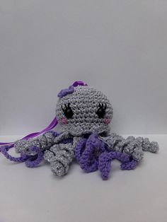 Petite Pieuvre Pailletés Grise Lavande Creative Bubble, Crochet Amigurumi, Kawaii, Octopus, Crochet Necklace, Etsy, Gray, Lavender, Unique Jewelry