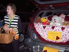 """Cute idea for Trunk or Treat using scripture. """"Love Bears All"""" Holidays Halloween, Halloween Treats, Halloween Decorations, Halloween Party, Halloween Pictures To Print, Truck Or Treat, Car Themed Parties, Harvest Party, Fall Fest"""