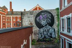 UK Street Art duo Sn