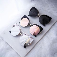 fa10f0b197e0 High fashion oversized round cat-eye silhouette that features a unique  semi-rimless frame and vibrant flash mirrored lens. Also styled with flat  lenses for ...