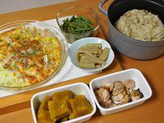 常備菜 *炊き込みご飯 *鶏もも肉のバジル塩麹焼き *南瓜の煮物 *牛蒡の煮物 *インゲンの胡麻和え *キャベツのチーズグラタン