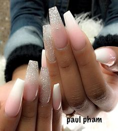 36 Awesome Ombre Nails Coffin Glitter Art Designs in 2019 - Summer Nail Colors Ideen Aycrlic Nails, Dope Nails, Fun Nails, Hair And Nails, Coffin Ombre Nails, Cute Acrylic Nails, Acrylic Nail Designs, Acrylic Nails Coffin Glitter, Ombre Nail Designs