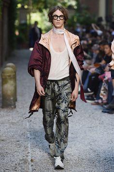Andrea Pompilio SpringSummer 2016 Collection - Milan Fashion Week - DerriusPierreCom (1)