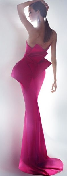 This dress would look gorgeous on a red carpet.