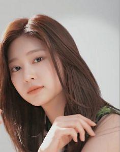K Idol, Kim Min, Pretty Face, Kpop Girls, Heaven, Chara, Female, Random, Irene