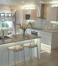 Top moderne skandinavische Küchen-Design-Ideen - Hints for Women Luxury Kitchen Design, Best Kitchen Designs, Luxury Kitchens, Interior Design Living Room, Home Kitchens, Cottage Kitchens, Grey Kitchens, Modern Interior, Home Decor Kitchen