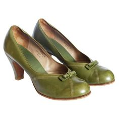 Vintage 70s does 40s high heel court shoes by PennyDreadfulVintage, £45.00