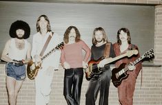 Some of the most talented bands in the history of rock hail from the United States. Sure, England has The Beatles and Led Zeppelin, but America has certain musi Great Bands, Cool Bands, Brad Delp, Tom Scholz, Boston Band, Arena Rock, Dad Rocks, Fleetwood Mac, Debut Album