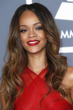 Rihanna loose waves
