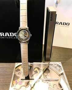 REPOST!!!  Rado diamonds diamaster.  #rado #diamaster #diamonds #novelties #basel #basel2017 #baselworld2017 #suisse #swissmade #addicted #liege #bijouteriekuypers #womensday #womenpower #girly #watchoftheday #saturdaywatch #ceramics #plasma #princesse #giftidea #gifts #bonnefetemaman #luxurywatch #luxurylife #luxurylifestyle #belgium #2017  Photo Credit: Instagram ID @bijouteriekuypers