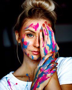 Dance Photography Poses, Concept Photography, Paint Photography, Creative Portrait Photography, Creative Portraits, Girl Photography, Photography Ideas, Photography Portfolio, Ffa