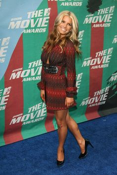 Jessica Simpson and Nick Lachey Latest Hairstyles, Pretty Hairstyles, Big Fashion, Autumn Fashion, Jessica Simpson Style, Nick Lachey, Mtv Movie Awards, How To Feel Beautiful, Beautiful Life