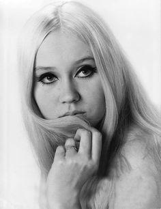 Agnetha Faltskog (pre-ABBA) late 1960s. Perfect '60s look.