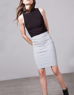 Bodycon fit tube skirt