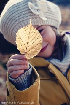 butiksofie: beautiful autumn, Cynthia Barcomi Give-Away and DIY windmill Topper