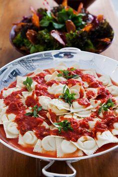 Dicas para Ceia de Ano Novo _ravioli-de-emmenthal-com-molho-de-tomate-italiano-2