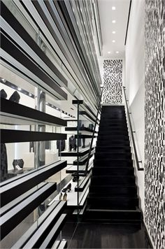 Chanel Store, Robertson Boulevard, Los Angeles designed by Peter Marino Architect. Commercial Architecture, Commercial Interior Design, Commercial Interiors, Retail Architecture, Retail Interior, Interior And Exterior, Interior Shop, Coco Chanel, Retail Store Design
