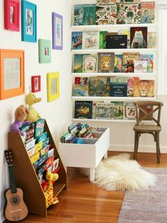 Creative Kids Reading Corner Ideas for the Home. DIY Book Bin and Shelves. Creative Kids Reading Corner Ideas for the Home. Kid's reading pods to inspire imagination and creativity; home reading nooks to provide comfort and rest. Ideas Decorar Habitacion, Reading Corner Kids, Reading Corners, Reading Nook Kids, Kids Corner, Nursery Reading, Corner Nook, Art Corner, Bookshelves Kids