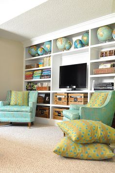 If we ever have a bonus room, I would not be opposed to it looking something like this.