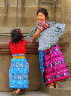 Trajes típicos de Chichicastenango - Foto por Alfredo Zablah