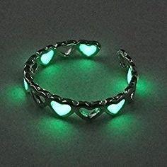 Fashion Women Men Rings Glow In The Dark Heart Valentine's Day Gift Punk Lovers (green heart)