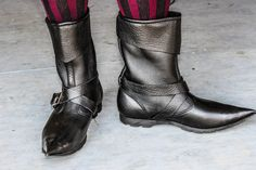 Merchant boot with a pointed toe