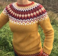 Fair Isle Knitting, Lace Knitting, Knit Crochet, Icelandic Sweaters, Yellow Sweater, Sweater Design, Knit Patterns, Her Style, Knitwear