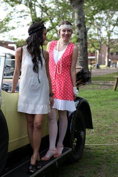 Vintage car and #flapper girls at the Jazz Age Lawn Party  #jazzage #1920s #fashion #vintage #retro #polkadots