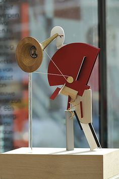 We love... This #wonderful #sculpture of the #russian #artist #ElLissitzky