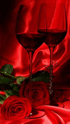 everyday a different color, beautiful gifs, soft goth, nature. Beautiful Gif, Beautiful Roses, Wine Glass Images, Imagenes Betty Boop, Love Heart Images, Wine Photography, Rose Wallpaper, Red Aesthetic, Flower Images