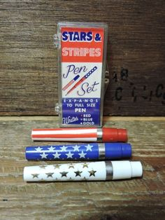 3 retro cool Vintage Stars and Stripes Red White Blue Expanding Pen set in BOX