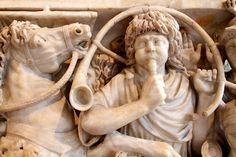 officer sounding horn to rally soldiers in battle Roman Sculpture, Roman Art, Ancient Rome, Musical Instruments, Soldiers, Rally, Musicals, Battle, Byzantine