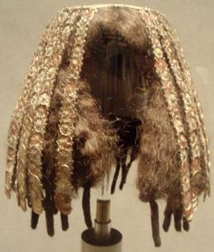 Reassembled headdress worn by a minor wife of Thutmose III, ca 1479-1425 BC Egypt, the Met Museum
