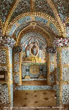 The Little Chapel, Les Vauxbelets, Guernsey by lovedaylemon, via Flickr (WOOOO! Spectacular!)