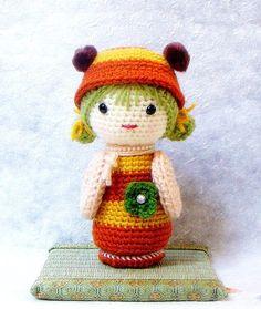 Amigurumi kokeshi pattern - B Bee - Crochet Kokeshi doll tutorial PDF $4.75