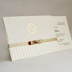 Convite de casamento tradicional - Papel e Estilo - Loja Online www.lojadeconvite.com.br Wedding Cards, Wedding Gifts, Wedding Day, Invitation Design, Invitation Cards, Signature Book, Acrylic Wedding Invitations, Postcard Design, Marry Me