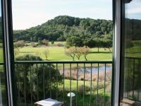 Vistas al campo de Golf en Son Parc #Menorca Menorca, Golf, Windows, Homes For Sales, Apartments, Country, Islands, Wave, Polo Neck