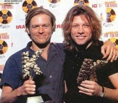 Bryan Adams and Jon Bon Jovi in 1994 for Kerrang magazine Music Film, My Music, Kingston, Je Chante, Shaggy Long Hair, Bryan Adams, Jon Bon Jovi, Famous Men, Celebs