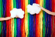 Rainbow party backdrop / #DIY