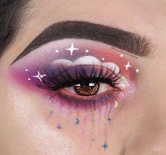 Pretty eye make up looks Edgy Makeup, Makeup Eye Looks, Eye Makeup Art, Crazy Makeup, Cute Makeup, Pretty Makeup, Star Makeup, Gothic Makeup, Fairy Makeup