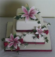 amazing beautiful vintage wedding cakes | Two tier square wedding cake : Two tier square wedding cake