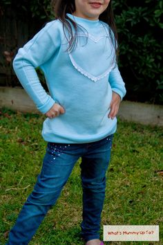 Fleece oder Knit Pullover / Kleid - Free Pattern and Tutorial: Lacey-Love Sweater, Size 3 und 7