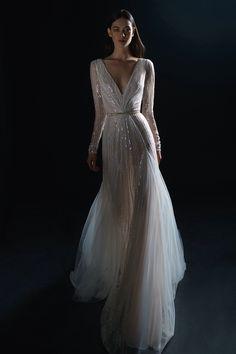 Wedding dresses gala dresses, bridal dresses, long sleeve wedding, we Art Deco Wedding Dress, Wedding Dresses 2018, Gala Dresses, Designer Wedding Dresses, Bridal Dresses, Lace Wedding, Art Deco Dress, Crystal Wedding, Wedding Beauty