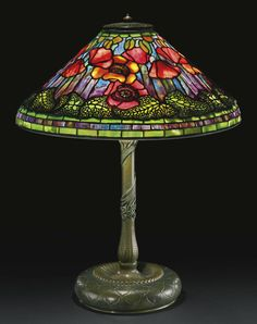 "** Tiffany Studios, New York, Favrile Leaded Glass and Patinated Bronze ""Poppy"" … ** Tiffany Studios, New York, Favrile-Bleiglas- und patinierte Bronze- ""Poppy"" -Lampe. Tiffany Stained Glass, Stained Glass Lamps, Tiffany Glass, Leaded Glass, Stained Glass Windows, Mosaic Glass, Antique Lamps, Vintage Lamps, Unique Vintage"