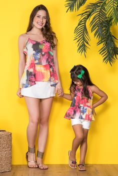 Mommy Daughter Dresses, Mother Daughter Matching Outfits, Mother Daughter Fashion, Mom Daughter, Dresses Kids Girl, Matching Family Outfits, Mom And Baby Outfits, Twin Outfits, Toddler Fashion