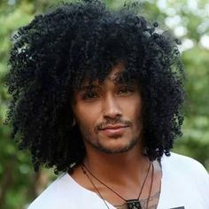 by Pelo Afro Curly Hair Men, Curly Hair Styles, Natural Hair Styles, Men's Hair, My Hairstyle, Afro Hairstyles, Afro Men, Pelo Afro, Haircuts For Men