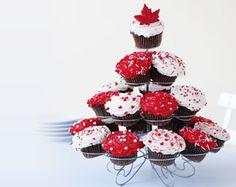 O Canada Cupcakes recipe Perfect Cupcake Recipe, Cupcake Recipes, Dessert Recipes, Desserts, Cupcake Ideas, Cupcake Cookies, Cupcakes, Canada Day Crafts, Canada Day Party